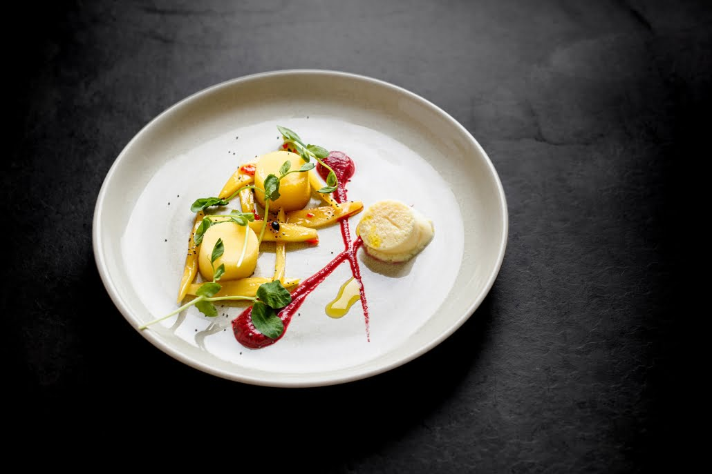 Deluxe Ten Vegetarian Champagne - Hire a Chef